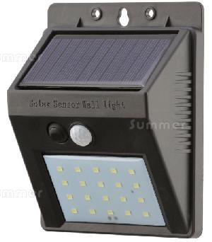SUMMER HOUSES - Solar powered outside lights with motion sensors - no running costs