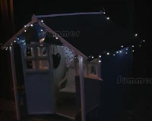 SUMMER HOUSES - Solar powered string lights