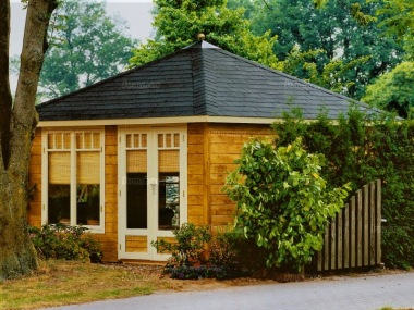 Hipped Roof Double Door Log Cabin 306 - Bespoke